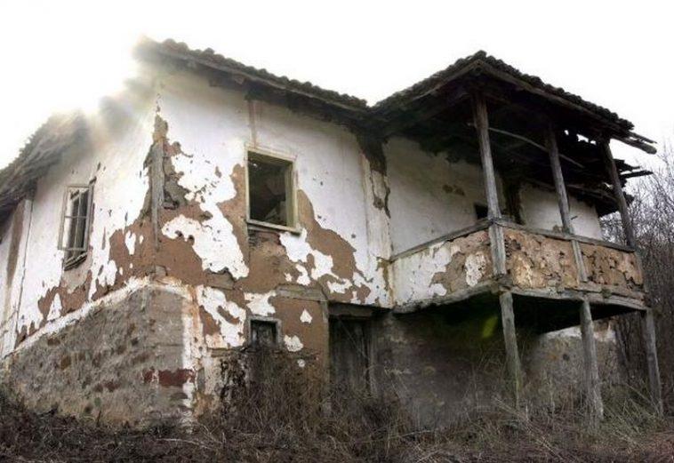 Резултат с изображение за пустеещо село